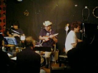 2st(ヒポポ)