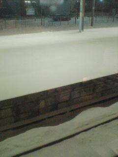 青森駅も雪…