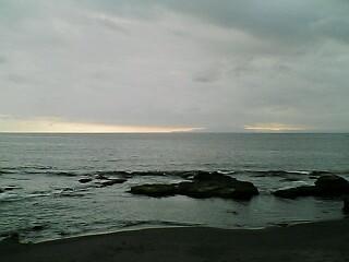 三戸浜にて…